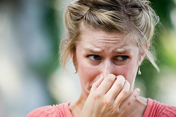 Неприятный запах как причина головной боли