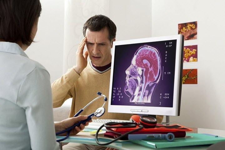 Консультация врача при головных болях
