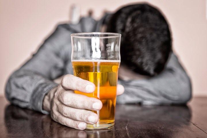 Алкоголь как причинв атрофии головного мозга