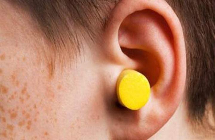 Серные пробки в ушах