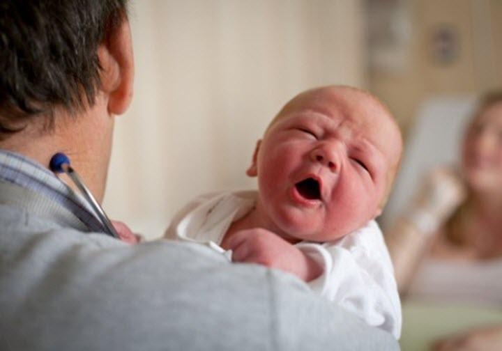 Медицинская диагностика новорожденного